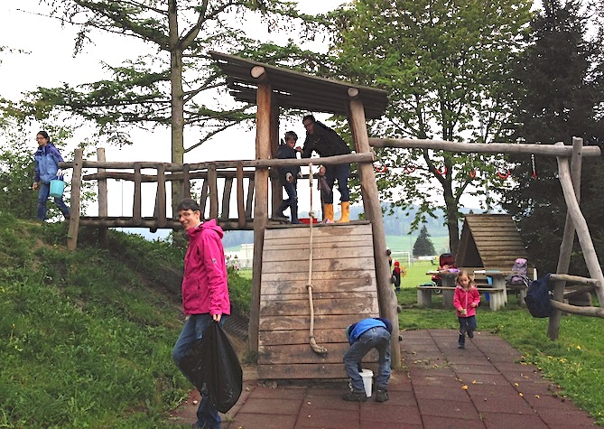 Spielplatzputzete in Eschlikon